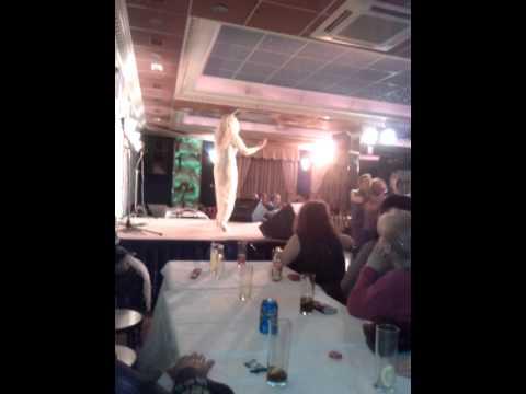 Actuación en el Restaurante La Isla de Leganes