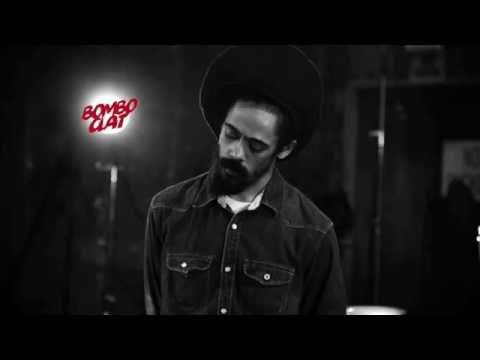 Damian Marley -  Gunman world (Is it worth it?) (Lyrics)