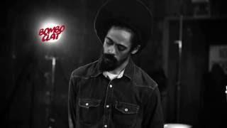 Damian Marley -  Gunman world (Is it worth it?) (Lyrics CC)