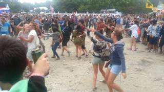 Spontaneous crowd dance - Sziget 2016
