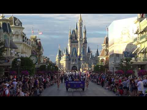 Oconomowoc High School Marching Band - Disney 2018 Magic Kingdom 4K