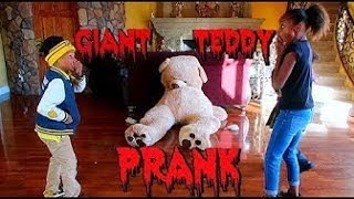 Giant Teddy Bear PRANK!