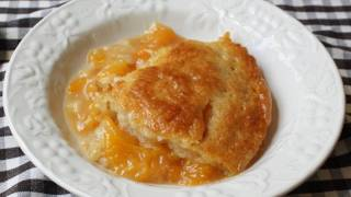 Peach Cobbler Recipe - Summer Peach Dessert Special!
