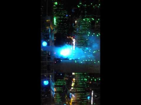 trinoma lights