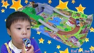 トーマス おでかけ立体マップ 【プラレール】 トミカ おもちゃ Thomas And Friends Plarailこうくん4歳 thumbnail