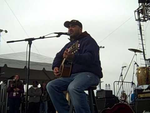 Aaron Lewis Country Boy - Ft. Hood Dec 11, 2009