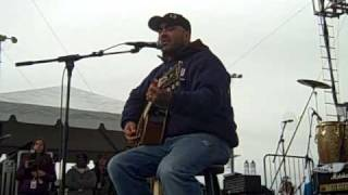 Aaron Lewis Country Boy - Ft. Hood Dec 11, 2009