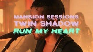 "Twin Shadow Performs ""Run My Heart"""
