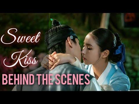 Cha Eun Woo Kiss Scene Rookie Historian Goo Hae Ryung Ep 10 11 Youtube