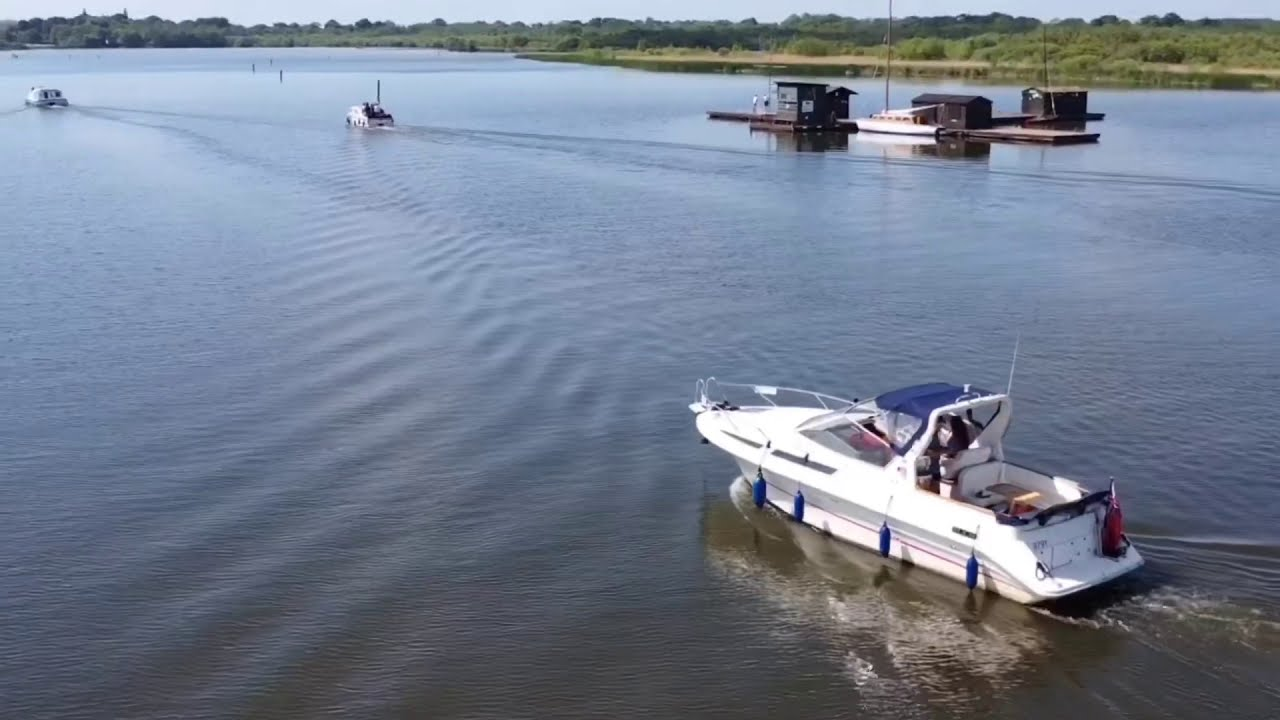 Barton broad Norfolk broads DJI mavic pro 2 active track фото