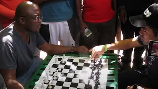 Hikaru Nakamura Vs South African Chess Hustler: Illegal Pawn Promotion?!
