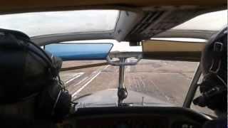 Посадка Як-18т Белоомут