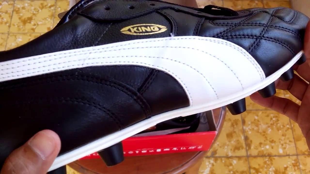 Sepatu Bola Puma King Top Di FG Black White Gold 170115 01