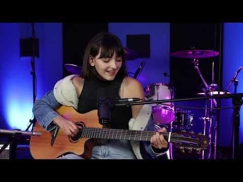 Avri Cate -I Heard Love Is Blind (cover)