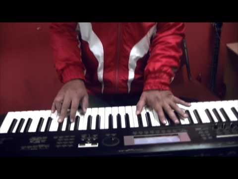 Jessie J - Flashlight / Pitch Perfect 2 (Etiqa Inhouse Band Cover aman sabran video)