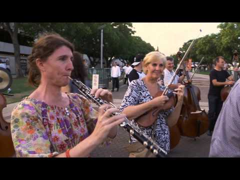 Building Bolero -- The Queensland Symphony Orchestra Moves t