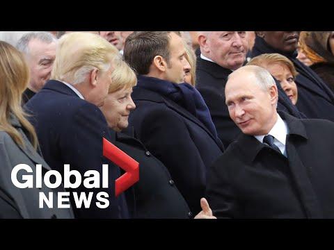 Russian president Vladimir Putin arrives last to Armistice ceremony