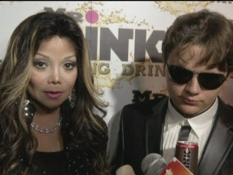 LaToya Jackson, David Arquette and Wayne Gretzky give their views on the presidential debates