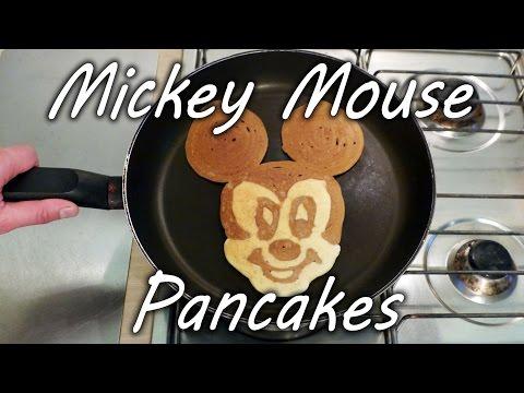Aprenda a fazer panquecas com o rosto do Mickey em questão de segundos