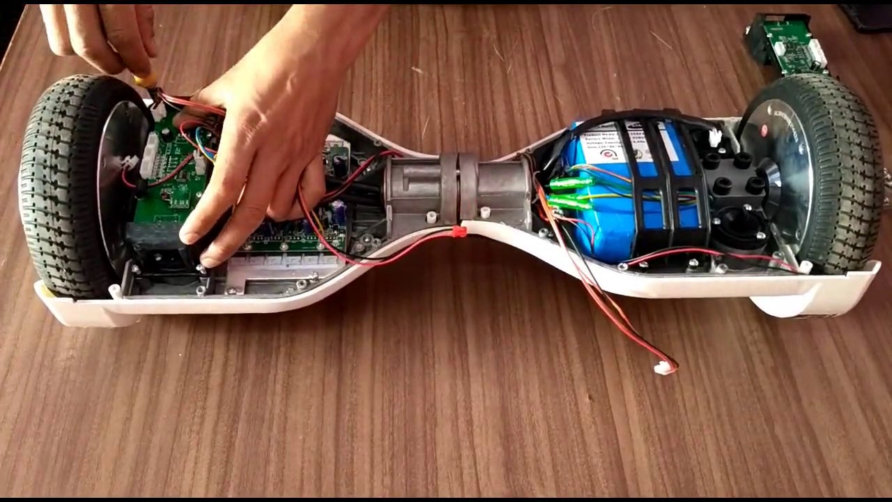 Disassembling  What U0026 39 S Inside Hoverboard
