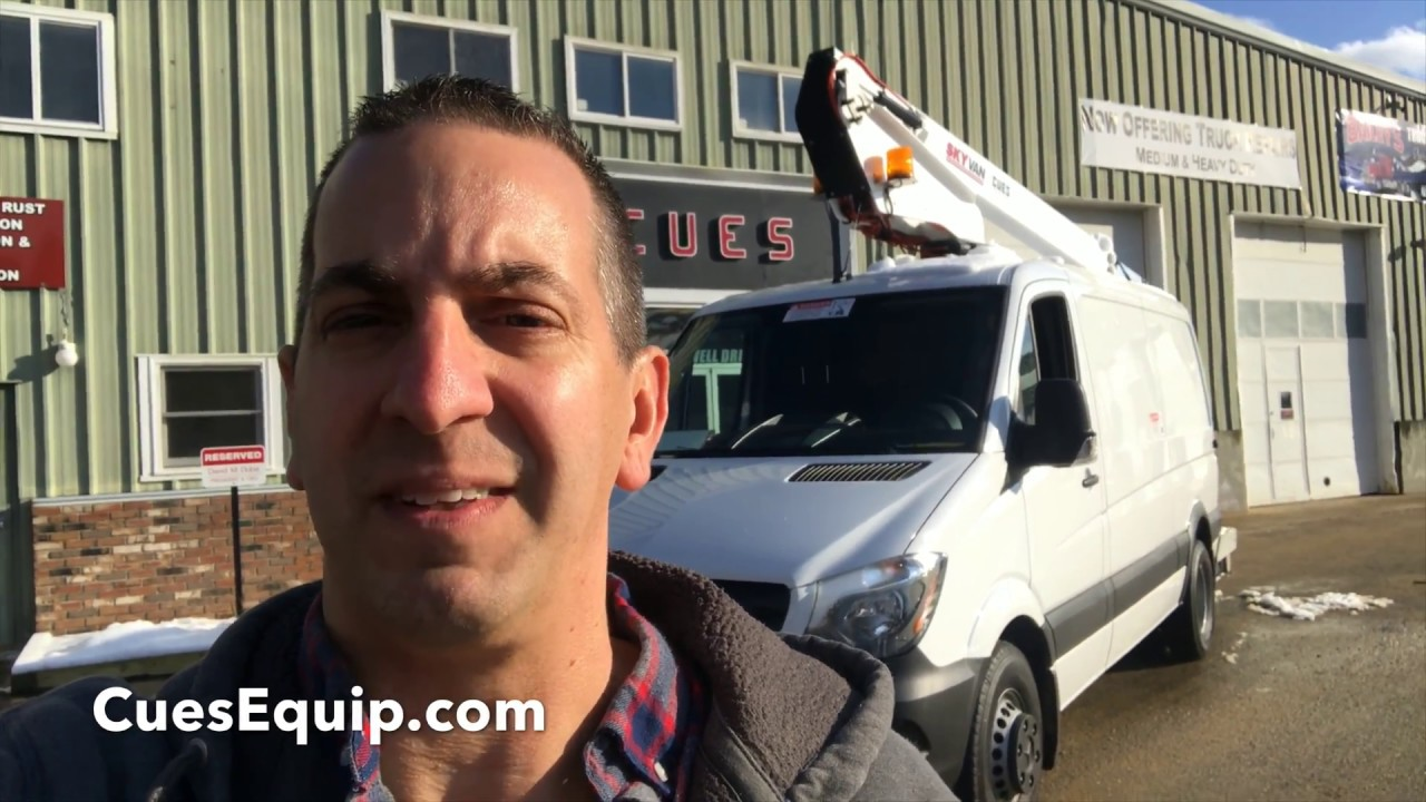 2018 Mercedes Sprinter Van Bucket Splicer Truck Working