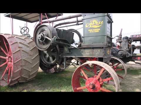 Rollag 2015 Big Gas Tractors on parade