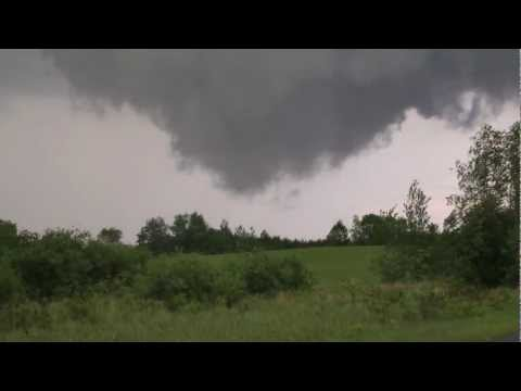 Tornado near Luck, WI May 27, 2012 HD