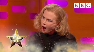 Repeat youtube video Meryl Streep and Nicole Kidman discuss their birth names - The Graham Norton Show: Episode 3 - BBC