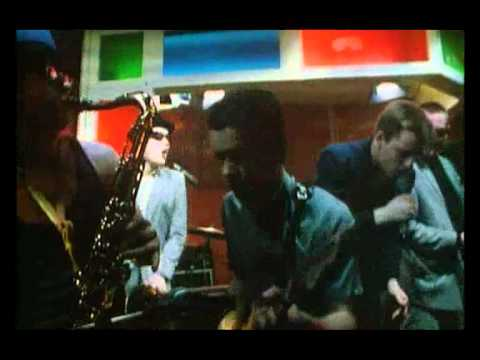 Madness - One Step Beyond - Bed & breakfast man