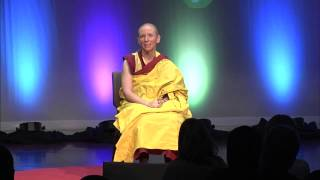 Glück ist all in your mind: Gen Kelsang Nyema am TEDxGreenville 2014