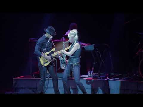 "Mindi Abair & The Boneshakers LIVE in Vegas ""Vinyl"""
