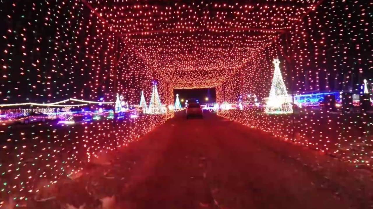 Christmas In Color (Drive Through Christmas Lights) HD 4K - YouTube