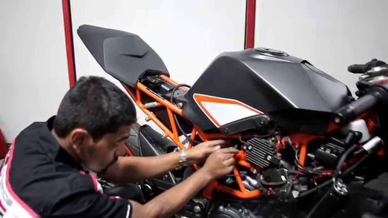 Powertronic Installation Ktm Rc200 390 2013 2016 Youtube Wiring Diagram Duke 125
