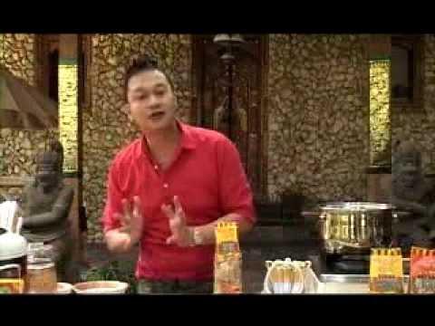 Sup Ayam Merah dengan Krupuk Senna di Acara Foody with Rudy ANTV ep. 163 (24 Agustus 2013)