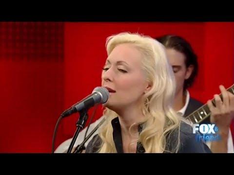 Mindy McCready - The Way You Make Me Melt   5/3/2011 Live Acoustic Performance