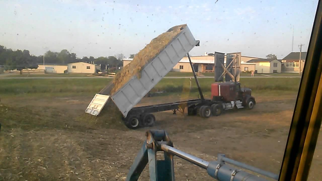 1980 Benson 30 End Dump Trailer Dumping Corn Silage 1
