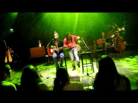 Expensive Soul - Brilho, Casa da Música Intímos