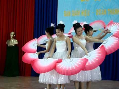 Giấc mơ cánh cò [12B1 - THPT Võ Minh Đức 2011 - 2012]