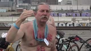 Голышом по городу - в Лос Анджелесе на улицы выехали нагие велосипедисты
