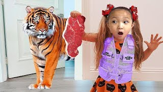 LoveStar pretend play hide and seek with zoo animal in our house