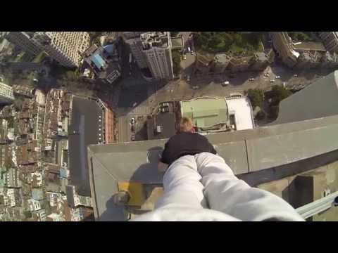 40 STORY BUILDING CLIMB and handstand on the edge!: stomach turning.