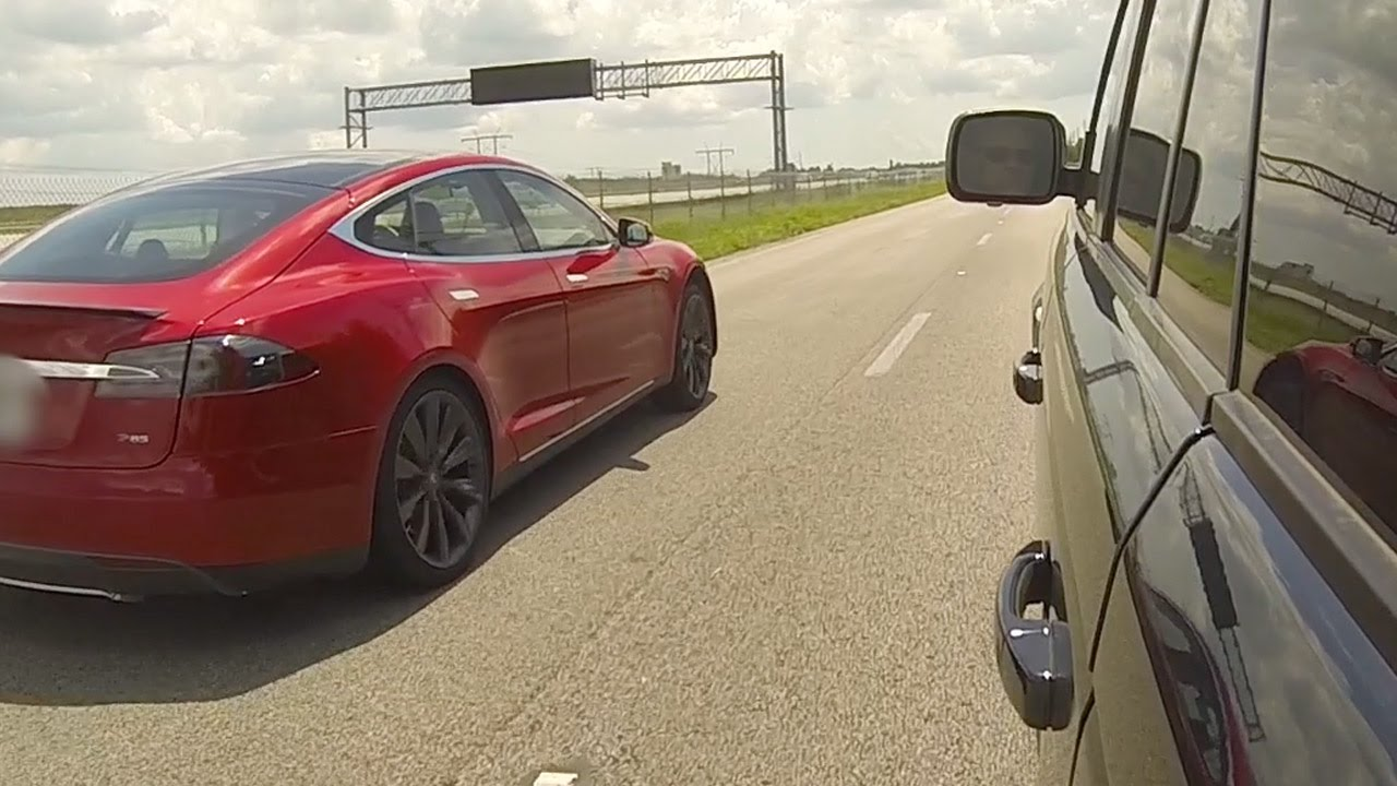 Tesla Model S P Vs Range Rover Sport Supercharged - 2013 tesla model s range