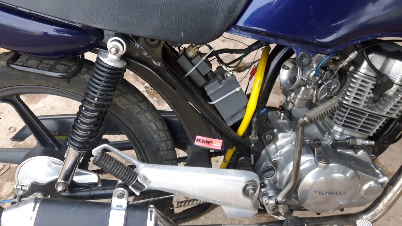 Titan 99 com motor de 150 237 cc