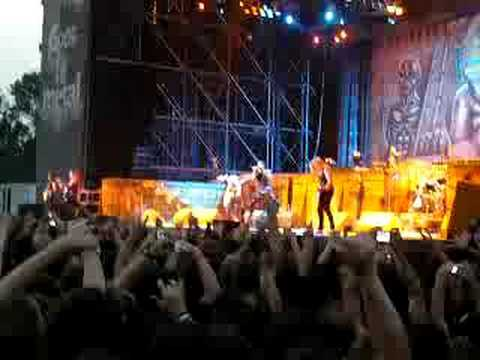 IRON MAIDEN - WASTED YEARS live GODS OF METAL 2008 - ITALY