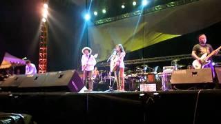ENDANK SOEKAMTI vs ENDAH N 39 RESHA ASU TENANAN LIVE L A INDIEFEST FESTIVAL REGIONAL SEMARANG