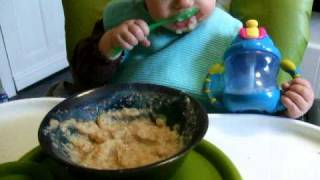 Granola Baby Feeds Herself!