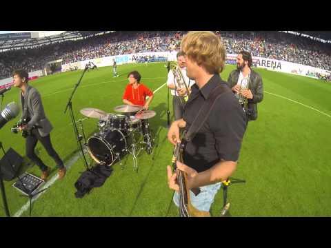 les-bummms-boys-live-at-dkb-arena-hansa-vs-bayern