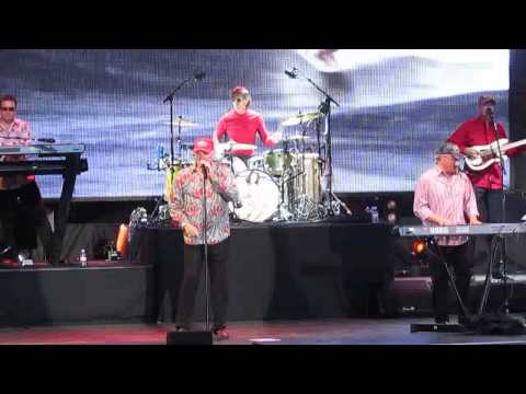 The Beach Boys - Concert Intro - Live Hampton Court Palace 2014