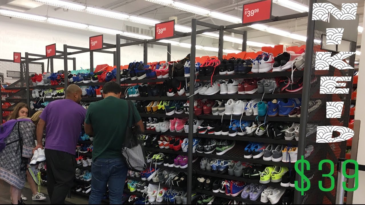 aed7f54f480 They Had Nike ID for  39 at the Nike Clearance Outlet - YouTube