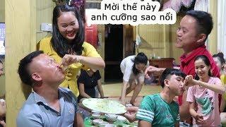 Không cưỡng nổi rượu với các cô gái Thái | Lợn quay ăn mừng 73k Sup với toàn gái xinh ( P- 2 hêts )